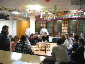 nach der Donnerstags-Probe im MaP mit Faschings-Deko im Februar 2009