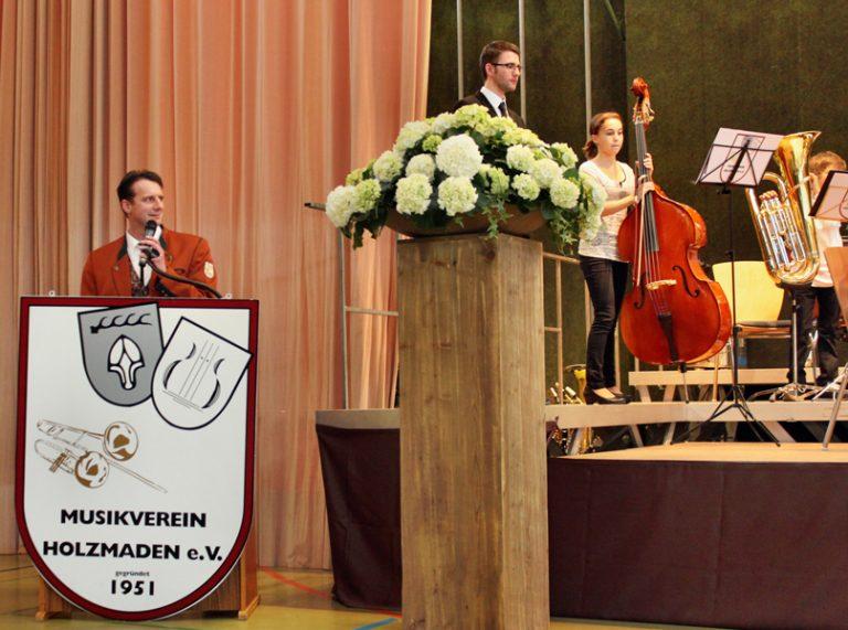 Dirigent Tobias Liebrich;  Vorsitzender:  Jochen Birk